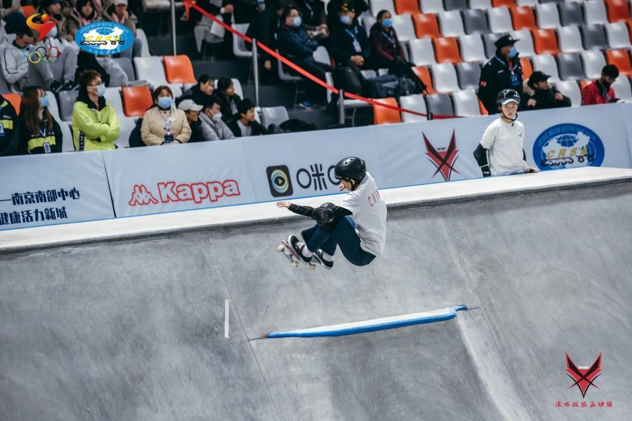中国滑板国家队借奥运成长 三女将有望亮相东奥