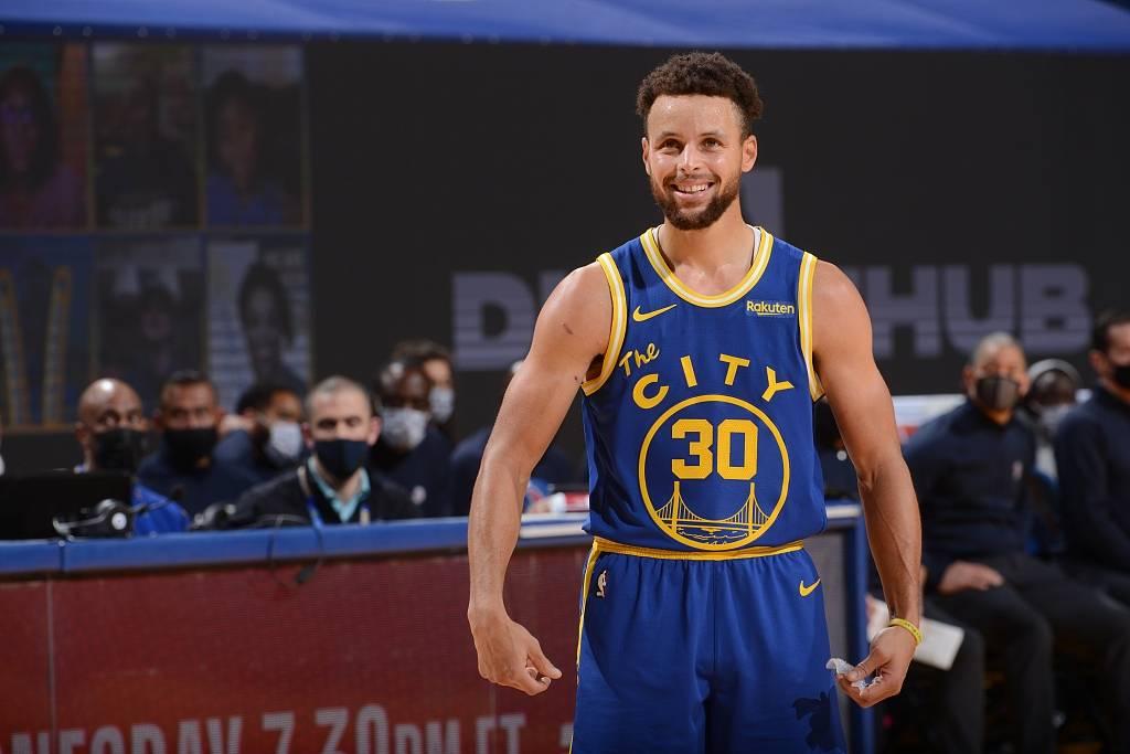 原创             NBA明日预告:勇士冲前4,火湖大战第2场,湖人手握100%赢球定律!