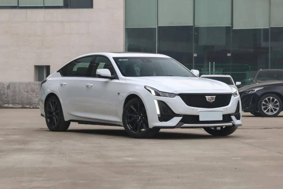 最初推荐的豪华车型,新凯迪拉克CT5进行了重新设计