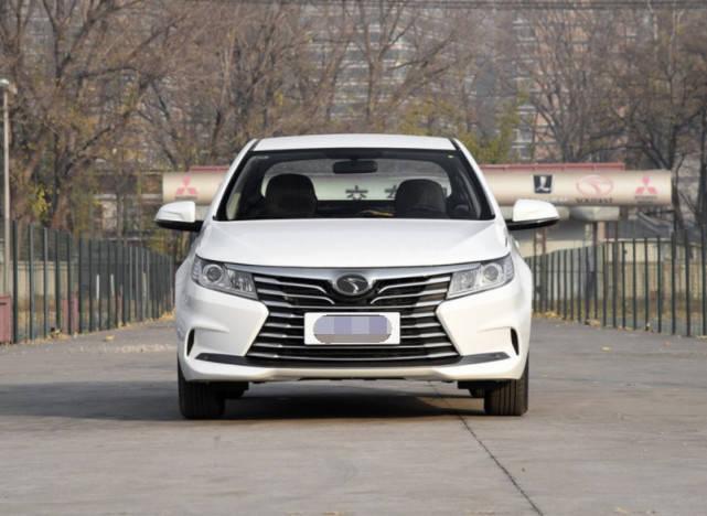 原车比远景性价比高,三菱发动机感应尾门