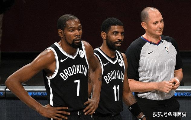 原创             NBA东西部最新排名!湖人一骑绝尘,雄鹿升第2,黄蜂雷霆惊艳