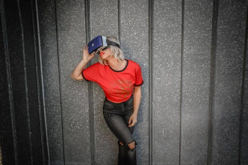 原创             2021,VR又要热了?