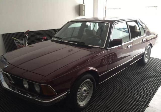30年前的宝马7系原装手动挡,天窗还是手摇的,越看越喜欢