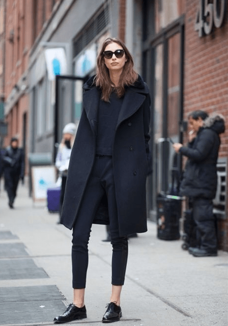 原创             会穿黑色的女人才是真的美!四个黑色搭配技巧,显瘦显肤色很高级