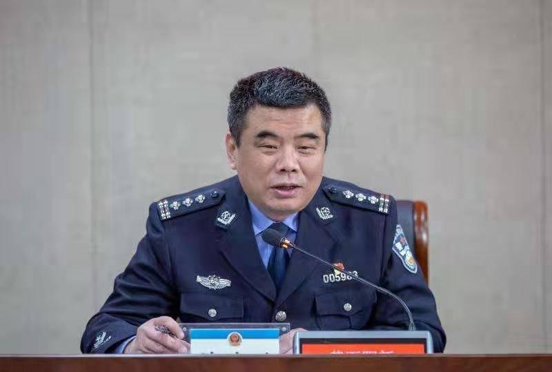 湖北阳新县公安局长诸建平为新警上第一课:坚定理想信念,走好从警路