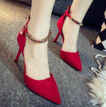 心理测试:四双高跟鞋,你最喜欢哪双?测你什么时候会遇到真爱