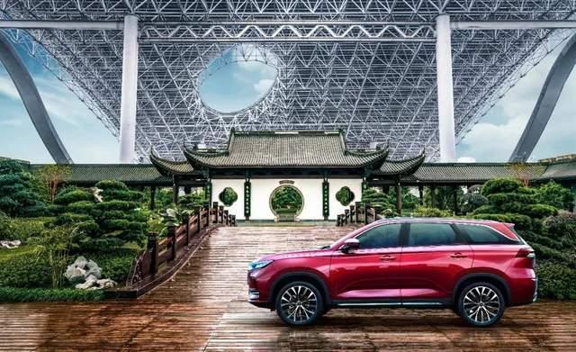 10万元的原厂SUV比哈弗H6大,1.5T最大扭矩265Nm