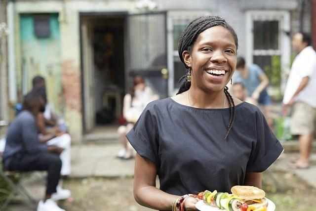 """非洲""""传统""""的几种美食,烤蜗牛炒虫子,外国吃货""""捂住嘴"""""""