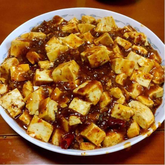 百吃不厌家常菜肴,新鲜美味实惠,家人吃的津津有味