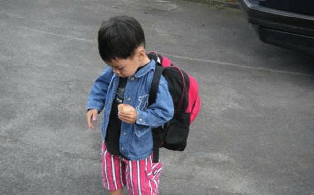 """宝宝在幼儿园拉肚子,老师将""""脏""""内裤扔掉,家长竟要求赔偿千元  第7张"""