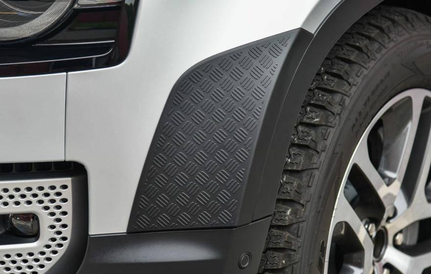 原装路虎新SUV亮相!3.0t全时四驱,比宝马X7漂亮,只有6.1s S。