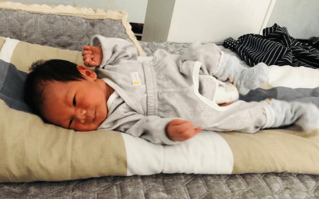 6个新生儿喂养问题:啥时候喂、怎么喂、如何看是否吃饱?别喂错
