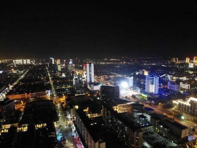 泗洪和泗阳城区人口数量对比_对比色彩构成图片