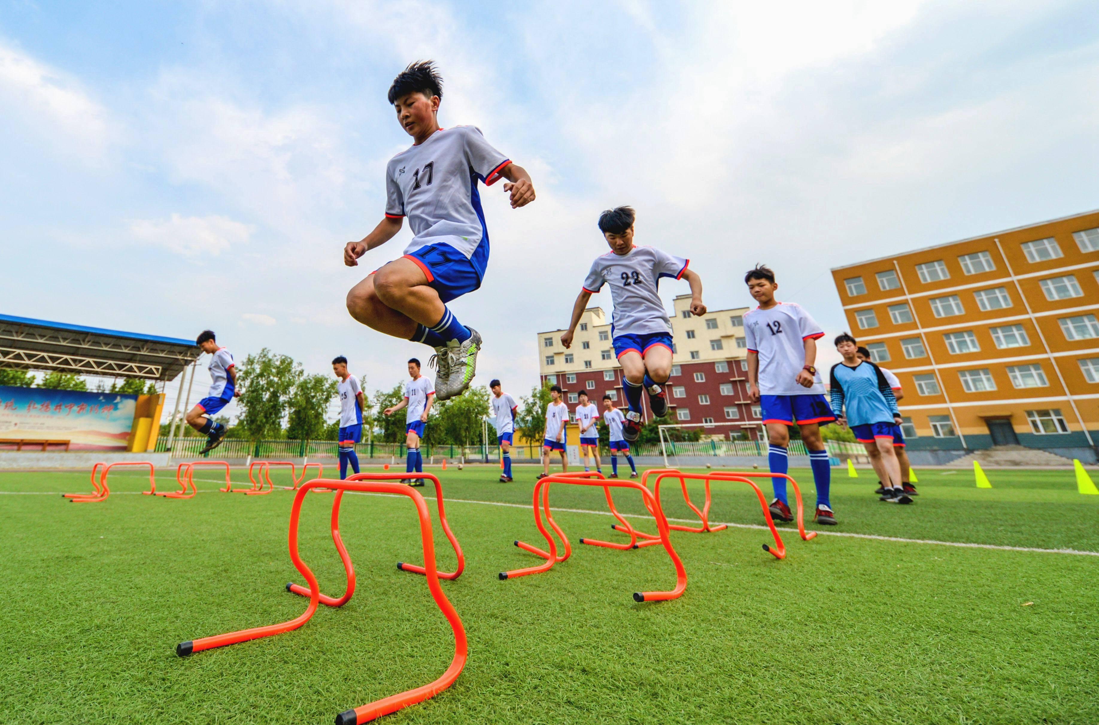 河北邯郸:体育课有序开展
