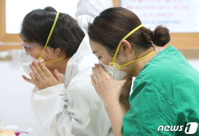 路径|韩国感染路径不明病例猛增,民众要求再指定社交距离严守期