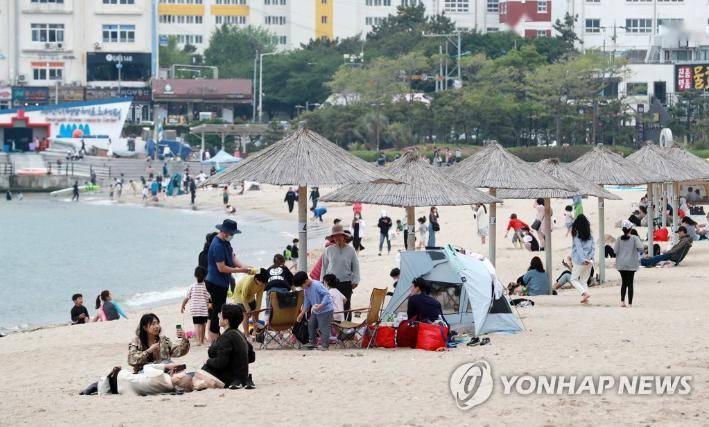 韩国公布保持生活距离防疫指南修订案