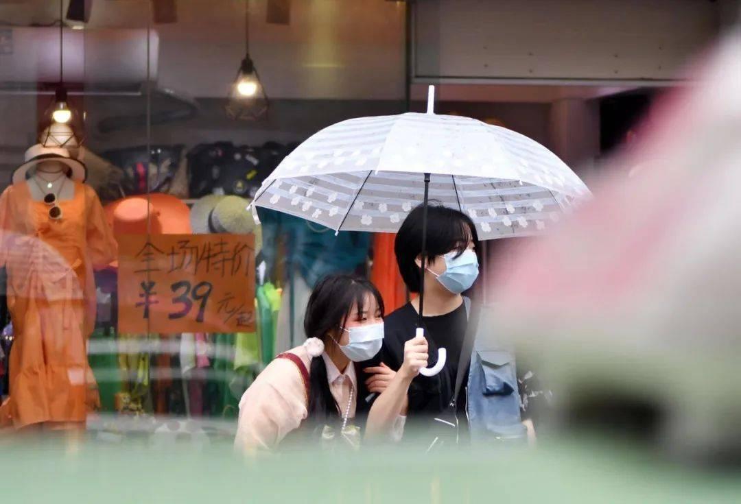 广州今明暴雨持续!更要防范的是...…