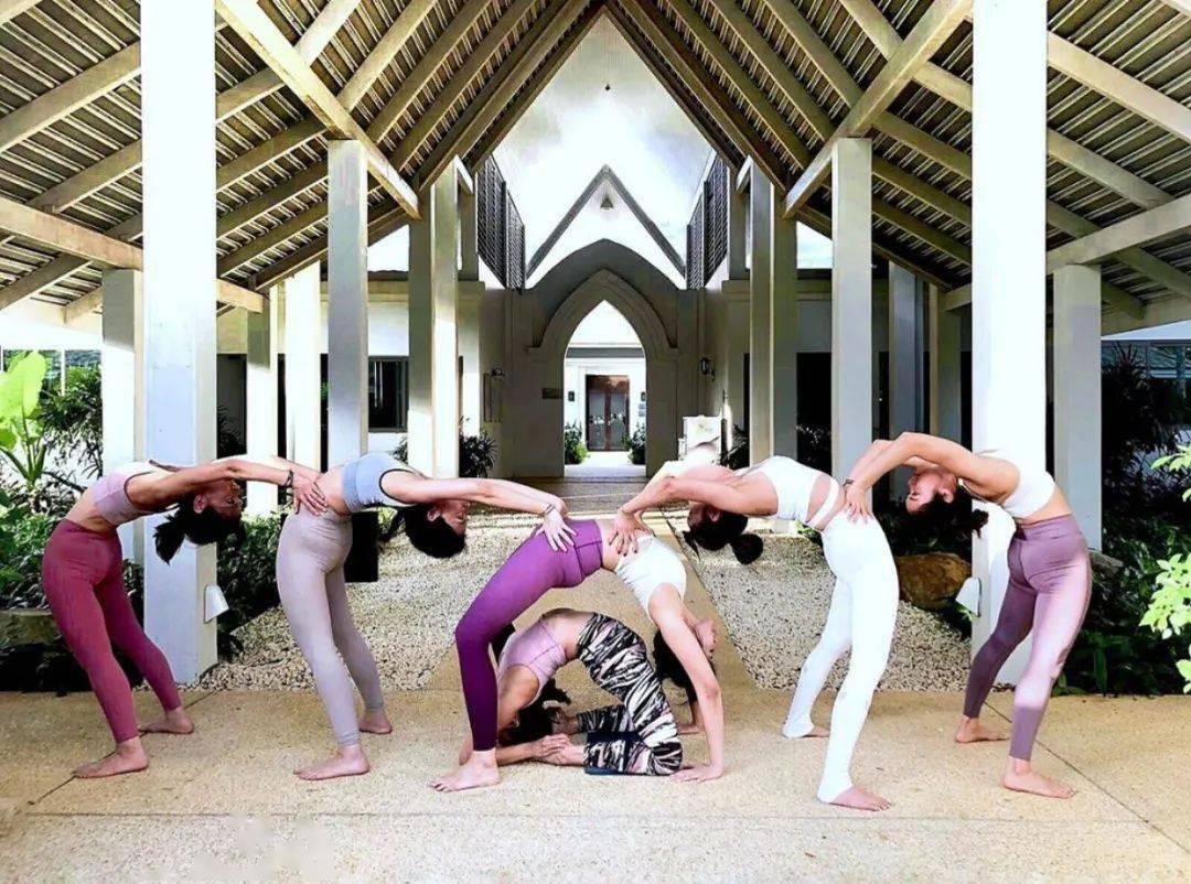 不知道双人瑜伽照怎么拍?收藏这篇文章就够啦! 减肥窍门 第20张