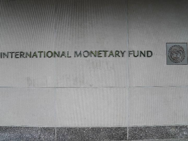 金融市场表现与实体经济出现脱节