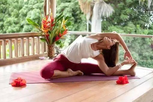 瑜伽体式,伸展肋间肌的门闩式 减肥窍门 第8张