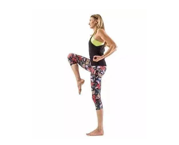 肚子上肉太多?坚持做这几个瑜伽动作瘦到你尖叫! 减肥窍门 第2张