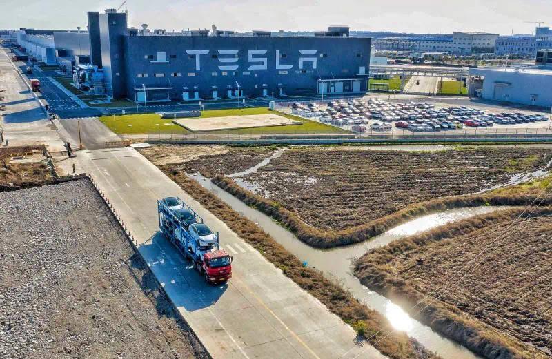 特斯拉第二季度交付超9万辆车 市值一夜增长200多亿美元