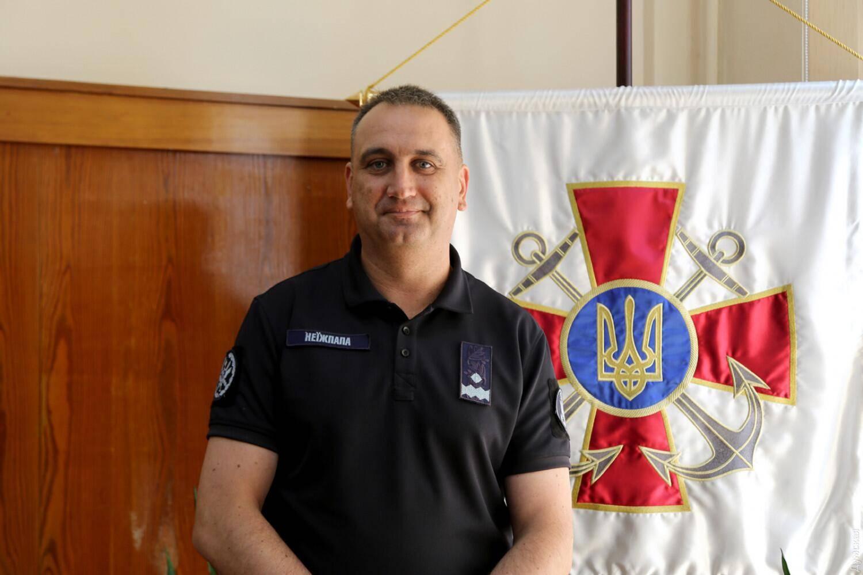 乌克兰海军司令称准备与俄进行全面军事对抗俄专家:乌军已被北约控制!