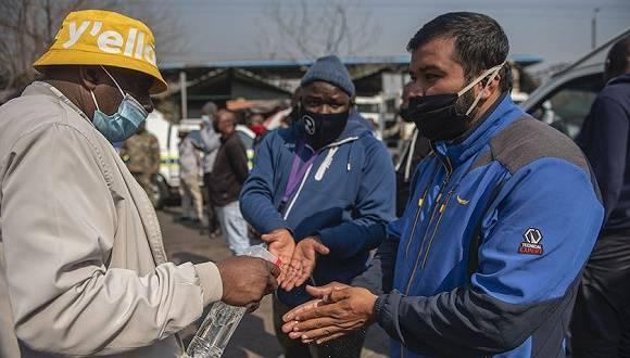 """非洲疫情""""火药桶""""即将引爆,南非疫苗试验恐以失败告终"""