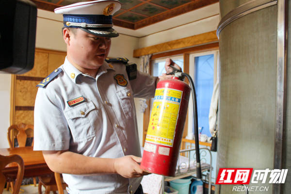 长沙消防:开福大队联合多部门开展家庭旅馆消防安全检查
