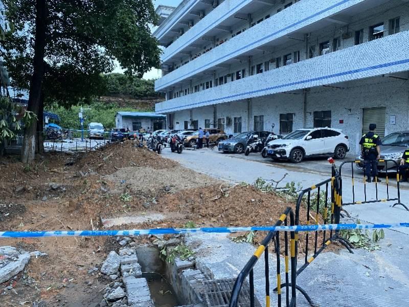 深圳一工业区内楼栋疑似发生闪爆,两名搬家公司员工被灼伤送医
