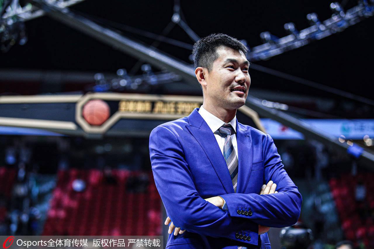 亚博APP安全有保障: 对话│王仕鹏:中国男篮的后卫还差得太远 球迷请岑寂点