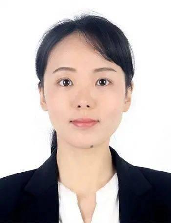 26岁女博士获聘985大学副教授,网友:长得好看还有才华