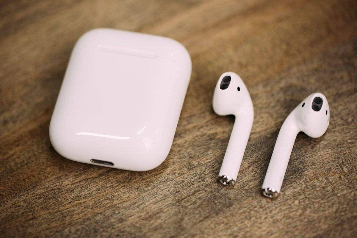 AirPods 3将有新设计:前两代的耳机设计被放弃