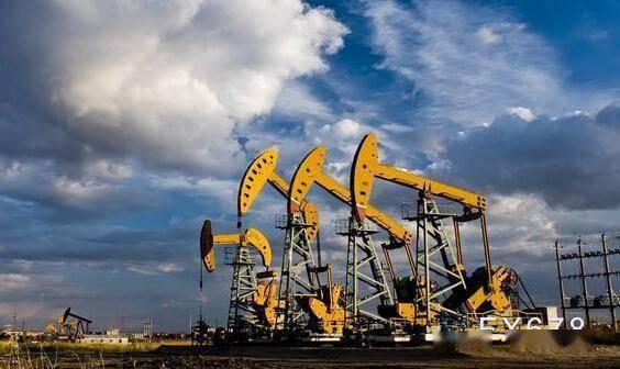 墨西哥湾关闭产能抵消需求前景忧虑,美油持稳于43关口上方