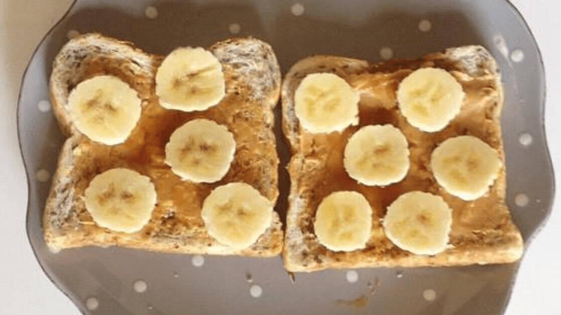 三明治|大神用AI做香蕉三明治 这可能是用AI干过的最无聊的事
