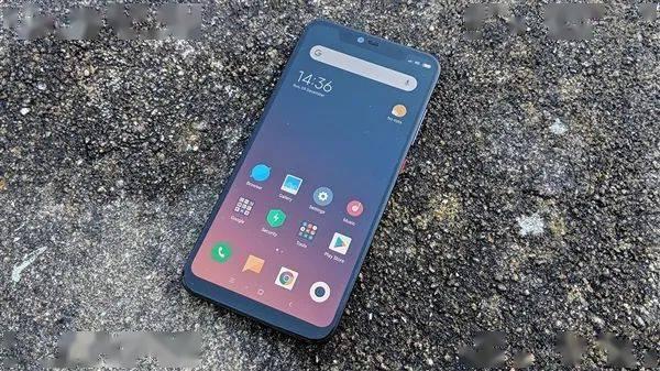 小米8 MIUI开发版内测停更 买系统送手机