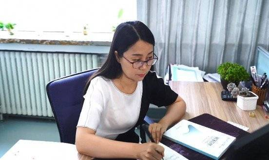 潍坊教师魏亚丽获评全国教书育人楷模