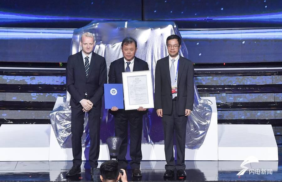 挺起中国装备制造脊梁!全球首款50%热效率商用柴油机发布