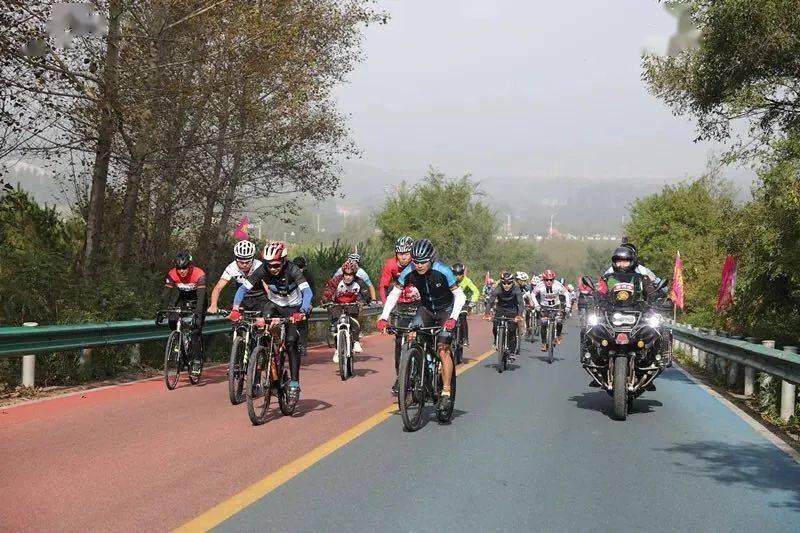 """吉林省""""农信杯""""公路自行车赛在东辽县"""