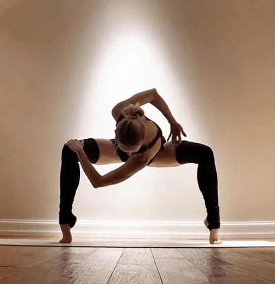 灵活脊柱&缓解背痛,一套瑜伽序列帮你搞定!