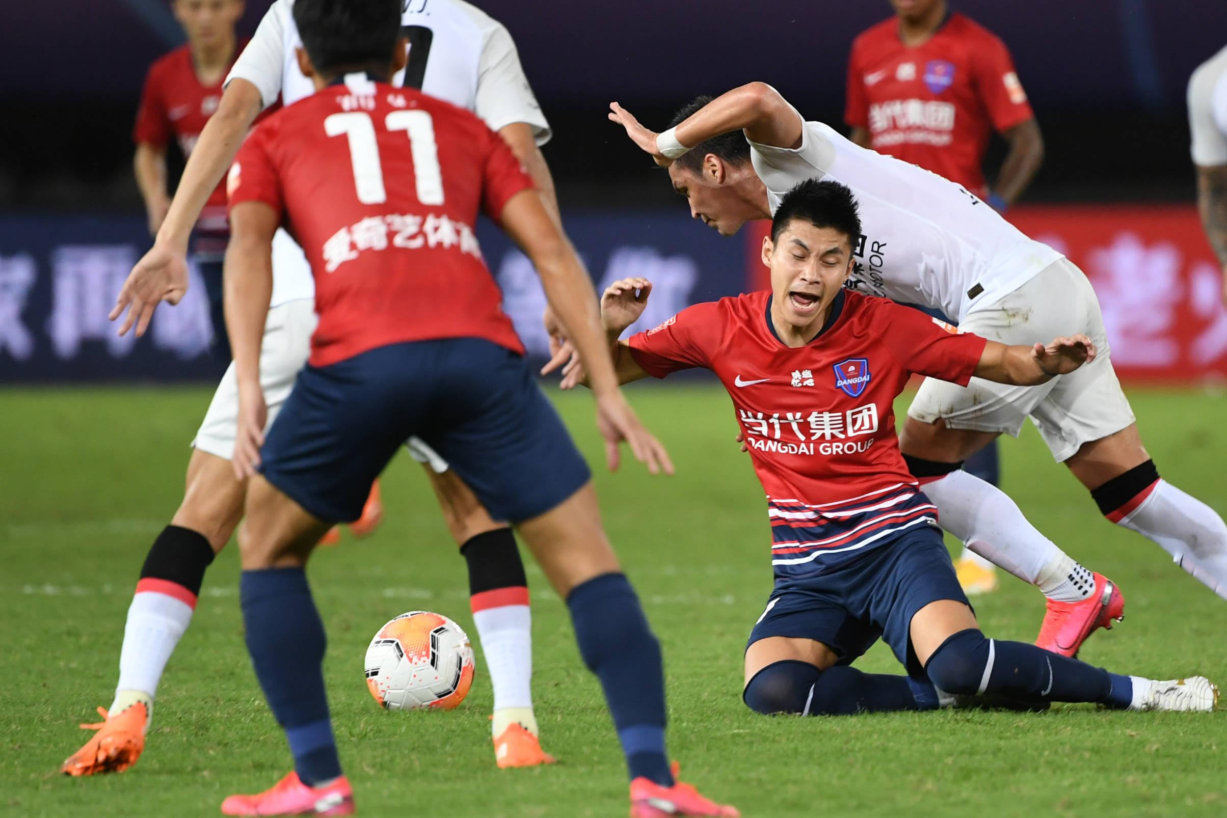 足球——中超:重庆当代战胜上海上港