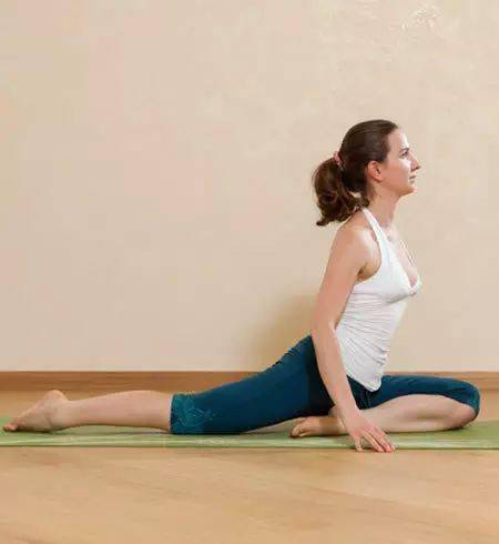 起床后做这个瑜伽体式,让你忙活一整天都不会累!简单易做!