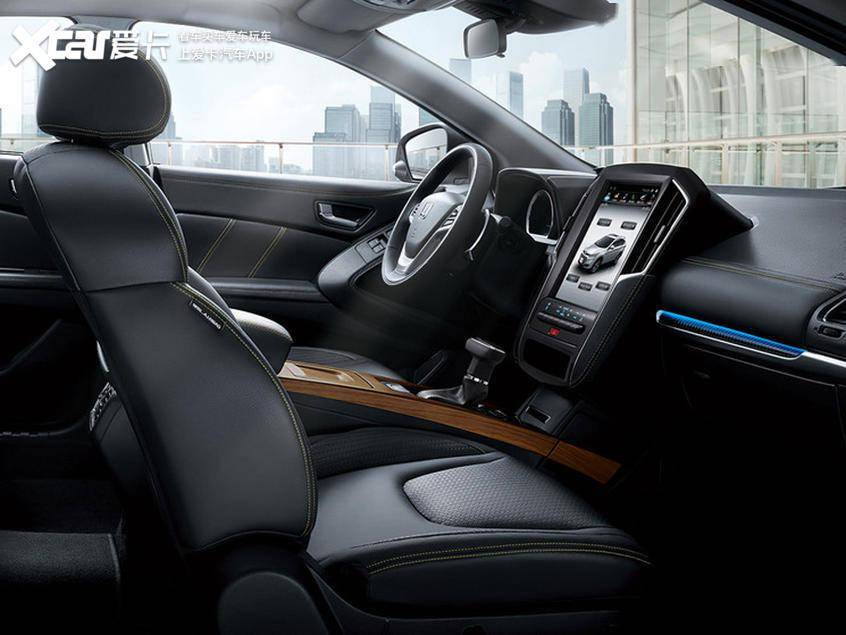 安全配置非常丰富。纳智捷优6 SUV智优版车型官方图