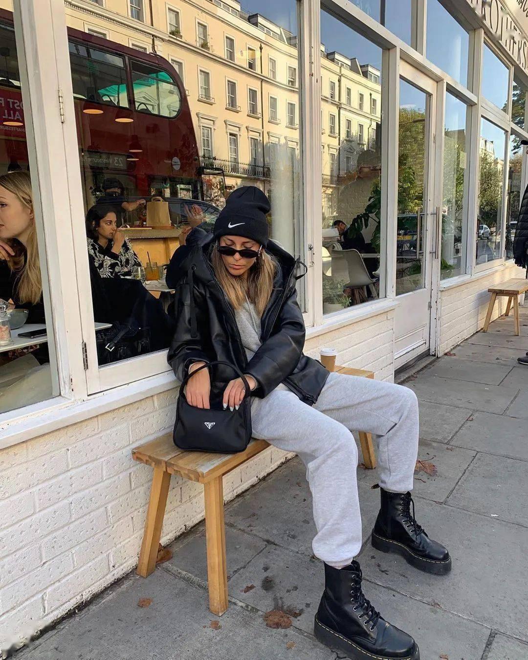 马丁靴+裙子,马丁靴+工装裤……又酷又撩,时髦炸了!     第61张