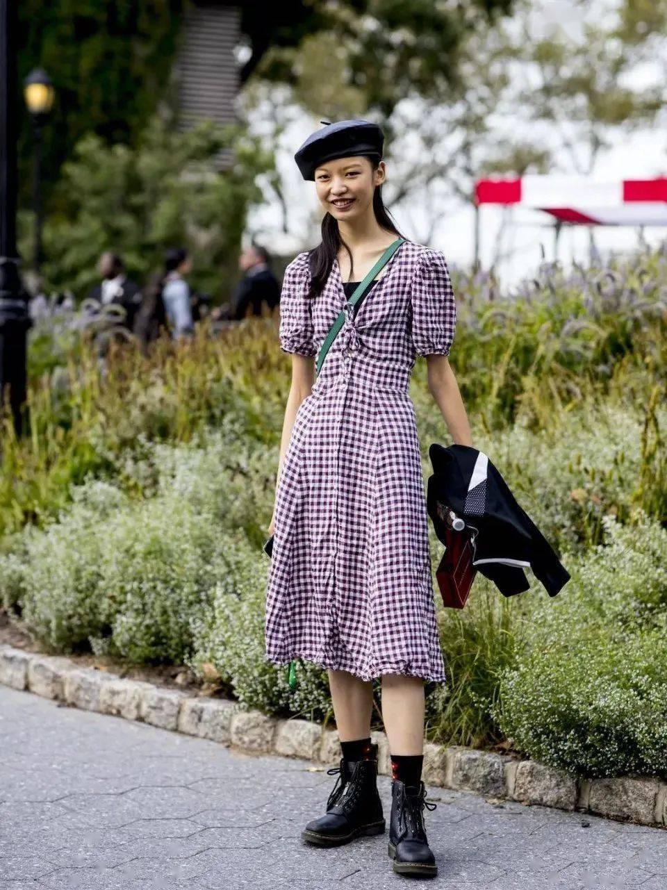 马丁靴+裙子,马丁靴+工装裤……又酷又撩,时髦炸了!     第14张
