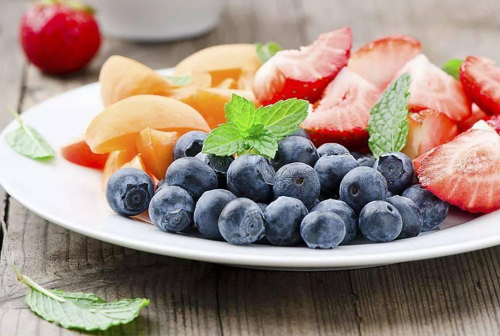 爸妈们记住啦,这4种水果1岁以内不能吃!