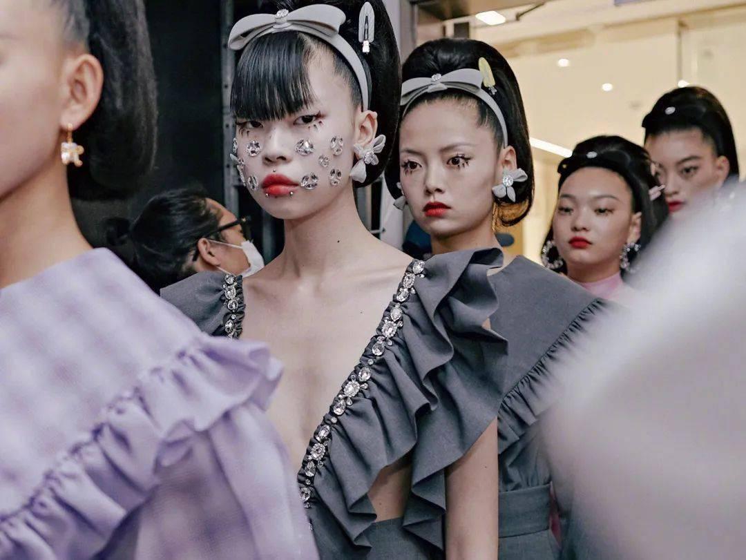 上海时装周即将收官,这些品牌是真香!