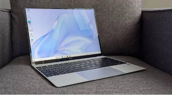 权威科技媒体《T3》深度评测华为MateBook X:精巧设计远超大众期望