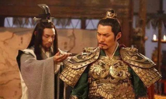 李世民有六大猛将,却被一菜农杀了俩,李渊:看来必