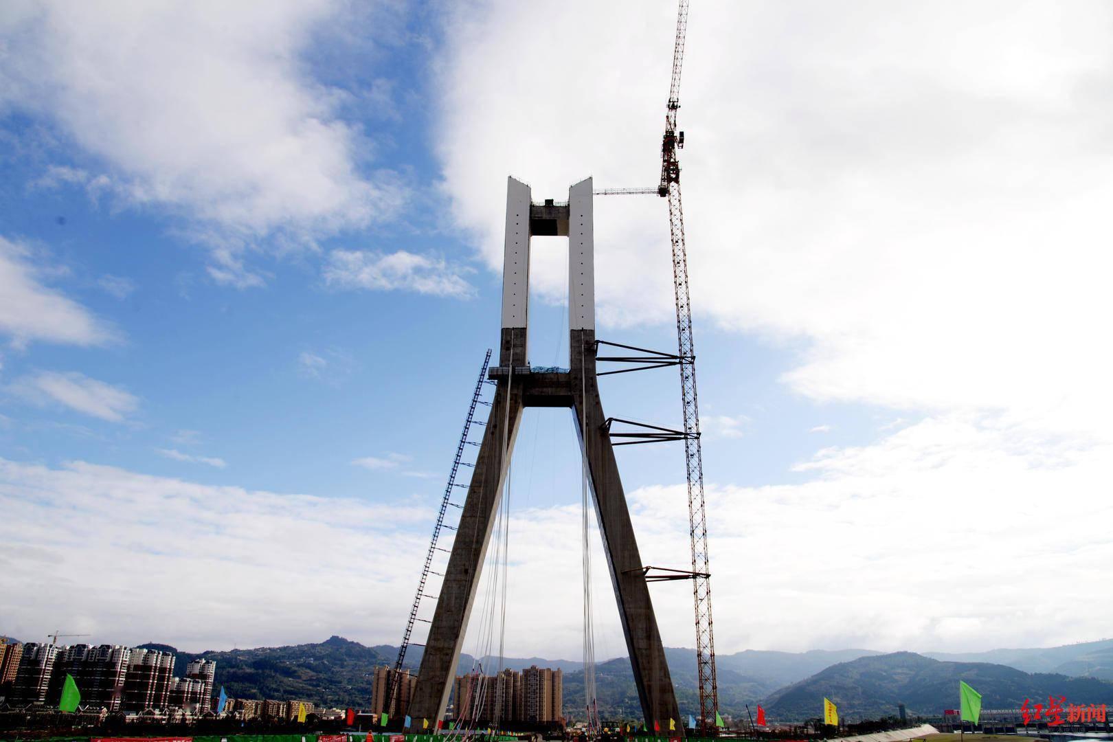 金堂韩滩双岛大桥钢箱梁合龙,预计明年5月形成通车能力